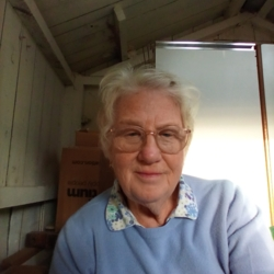 Vivienne (77)