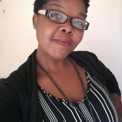 Zandile is looking for singles for a date