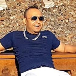 Photo of Reza