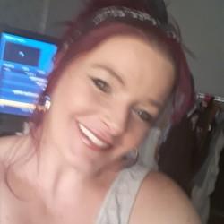 Kathryn (43)