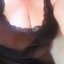 casual sex photo in farnham in surrey