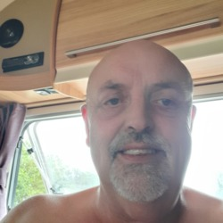Robertbaker is looking for singles for a date