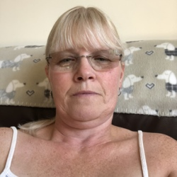 Temby is looking for singles for a date