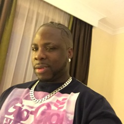 Richardbabb is looking for singles for a date