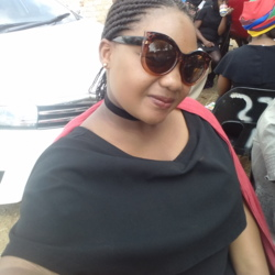 Mbali is looking for singles for a date
