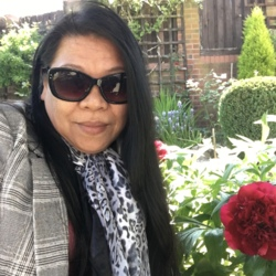 Belinda is looking for singles for a date