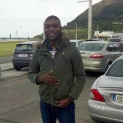 Akinkorede is looking for singles for a date