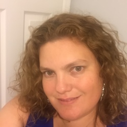 Angela (38)