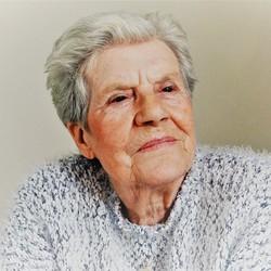 Joan (87)