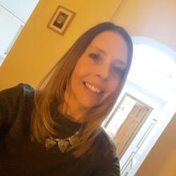 Vicki (39)