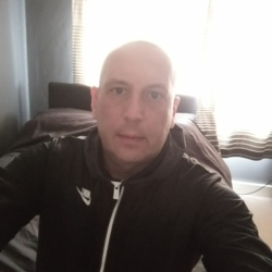 Stephen is looking for singles for a date