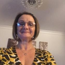 Lynne (58)
