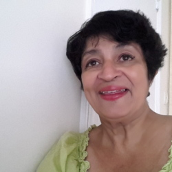 Leila (62)