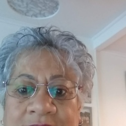 Phyllis is looking for singles for a date