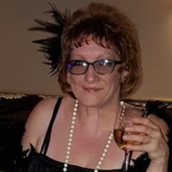Sue (49)