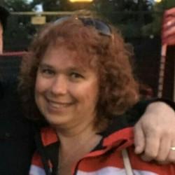 Trish, 50 from Ontario