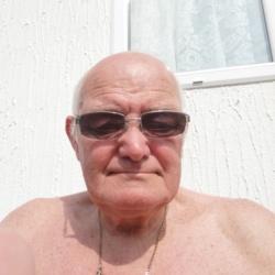 Stephen (67)