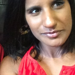 Nerusha is looking for singles for a date