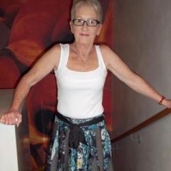 Lynnie (64)